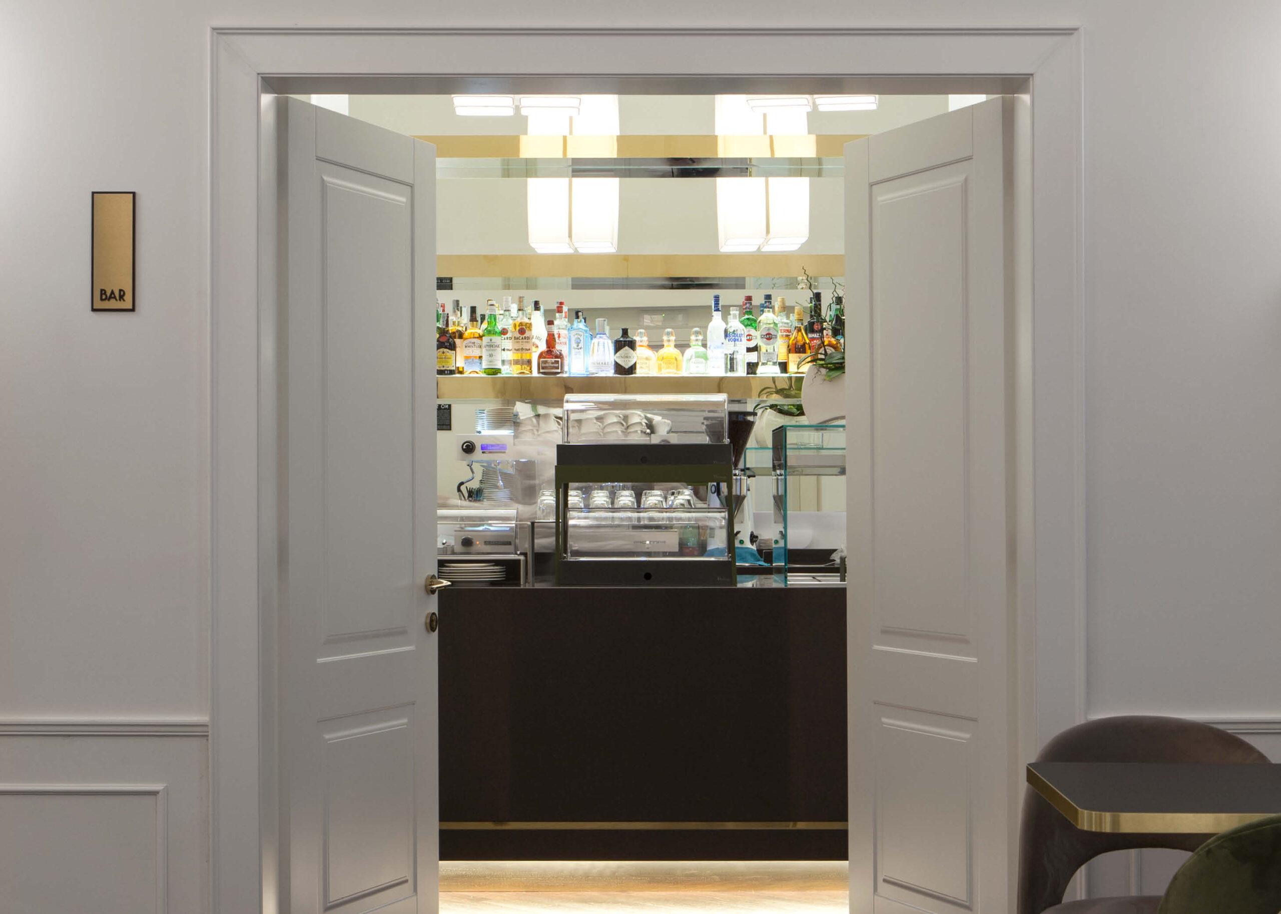 https://www.gd-dorigo.com/wp-content/uploads/2020/10/Porte-Hotel-Villa-Soligo-GD-Dorigo-2-1280x914.jpg