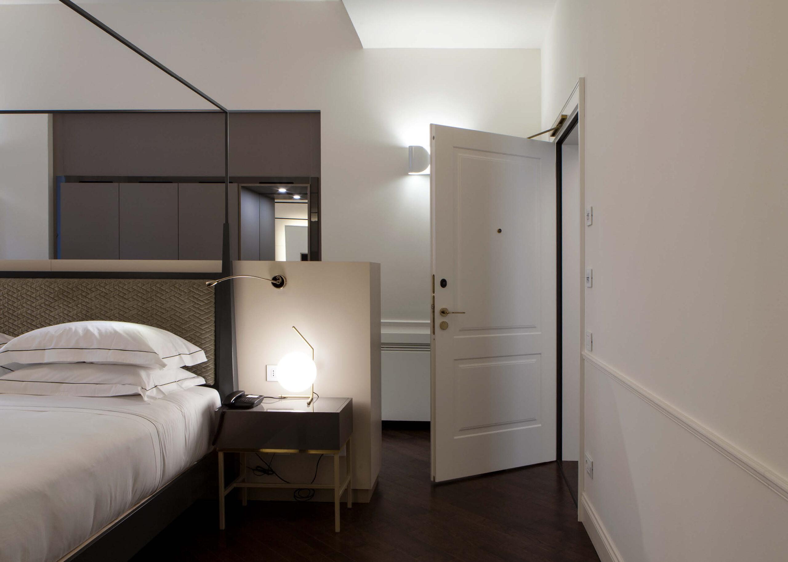 https://www.gd-dorigo.com/wp-content/uploads/2020/10/Porte-Hotel-Villa-Soligo-GD-Dorigo-3-1280x914.jpg